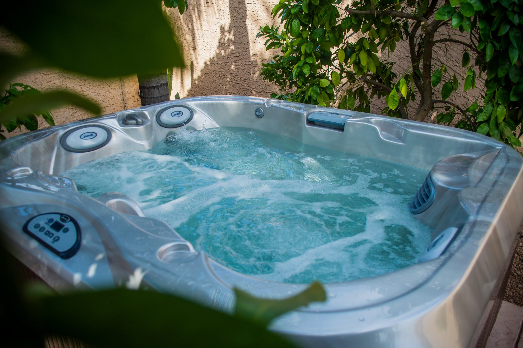 Outdoor Jacuzzi Hot Tub in Sarasota